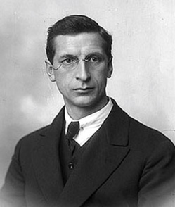 an introduction to the life of emon de valera While eamon de valera served until 1959, his son, vivion de valera, was a teachta dála between 1945 and 1981 his grandchildren, éamon ó cuív and síle de valera , are currently members of the dáil, with both having served in the irish government as ministers.